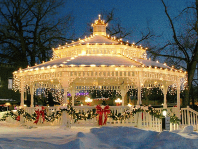 I can picture a small town বড়দিন event set in this gazebo complete with a Santa, hot চকোলেট an