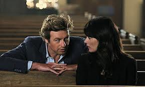 """Patrick Jane: """"Is this enough to make Lisbon fall in 사랑 with me?"""" next:"""