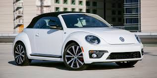 Cloudchaser would have a Beetle (Volkswagen car). What would Derpy have?