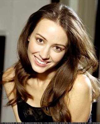 Okay so I would like to take a минута and give some major Благодарности to the lovely Amy Acker because let's