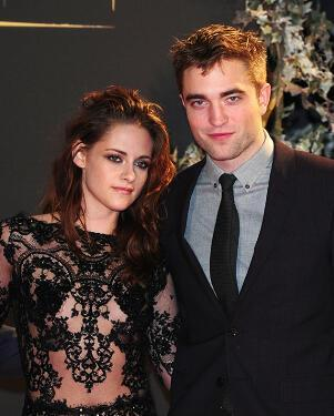 I will post a pic of Robsten and あなた have to post the same pic but あなた have to 編集 it.You can add