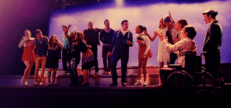 So! This is a thread/forum for all of the gleeks ♥ I'm sure you've seen other families on fanpop! I
