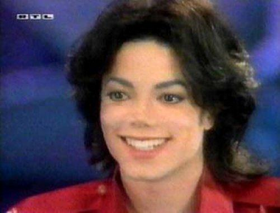 Post a pic of one of your favorite hairstyles of Michael Jackson