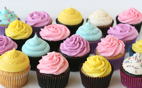 This is a cupcake picture contest where wewe pakia a picture of a cupcake and the mashabiki vote which one
