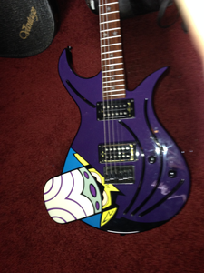 Rare Collecter Power Puff MoJo Jojo Electric violão, guitarra For Sale!!! Before I put this on Ebay, I'm checki