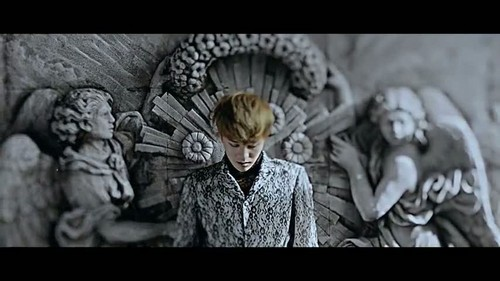 """That XX"" Von G-Dragon Musik video screencap"