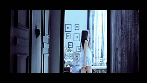 """That XX"" por G-Dragon música video screencap"