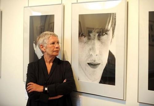 Astrid Kirchherr with Stuart's Picture