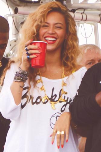 Beyonce<33