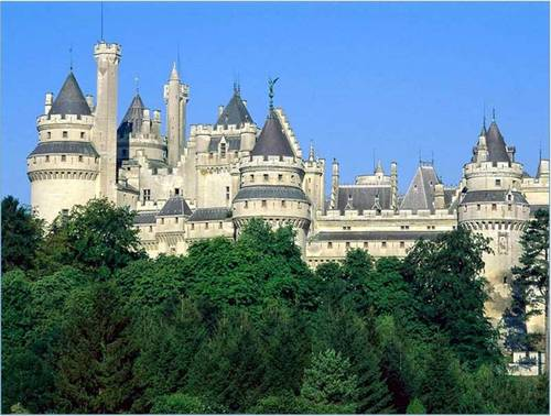 Chateau de Pierrefonds (L'oise France)