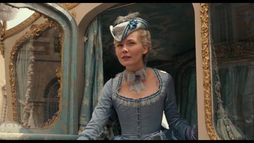 Marie Antoinette - meet the delphine