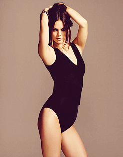 Rachel Bilson wallpaper with a maillot and a leotard entitled Rachel Bilson