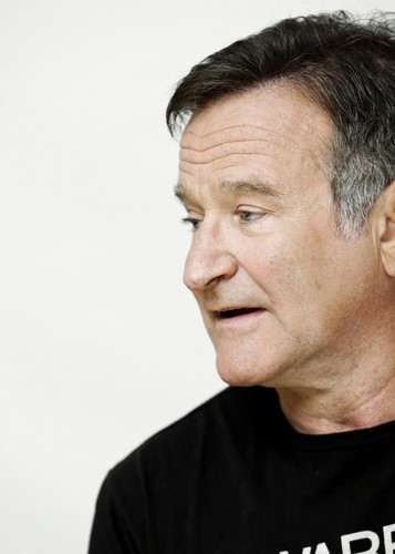 robin williams wallpaper containing a jersey titled Robin Williams