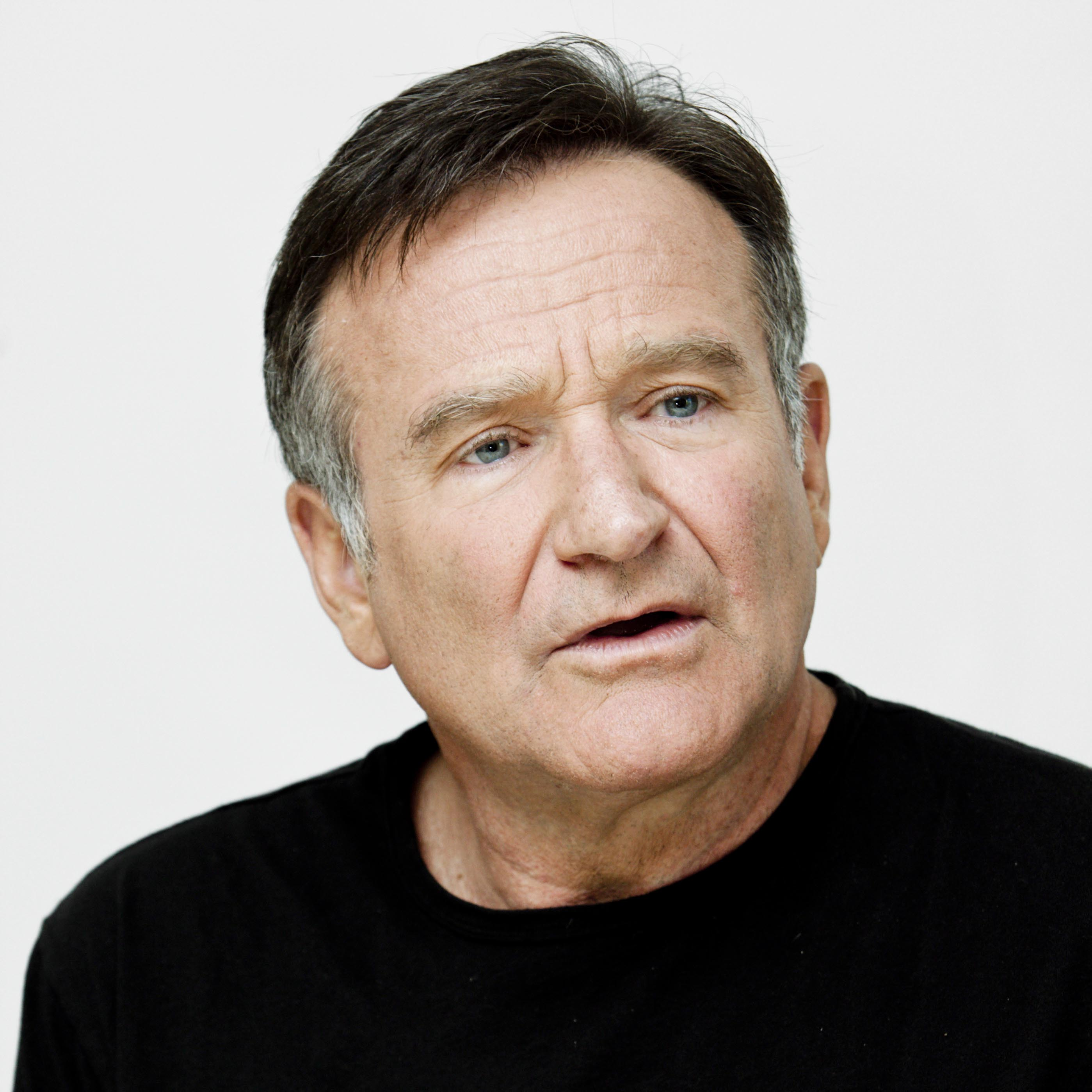 Entertainer Robin Williams Dies At 63 Of Suspected Suicide