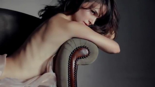 natalie portman wallpaper called Rouge Dior Nude Grège > Screen Captures