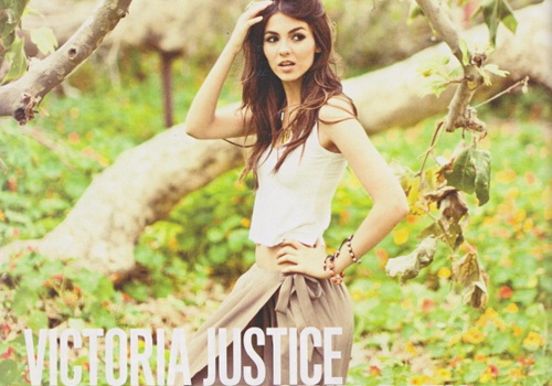 Victoria Justice Belly-FindingHerOwnPath