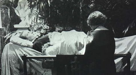 valentino funeral