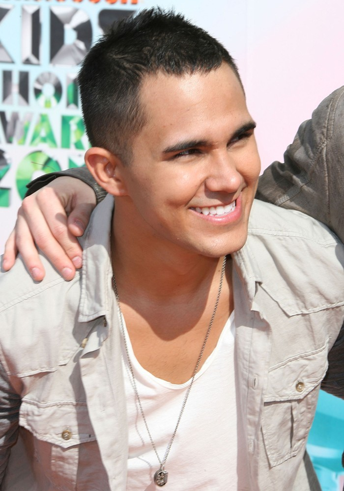 Rusher29 ♥Carlos Pena Jr♥ - -Carlos-Pena-Jr-rusher29-32148151-700-1000
