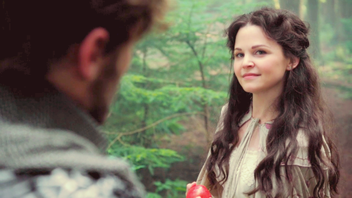 Snow White/Mary Margaret Blanchard wallpaper probably containing a portrait called ★Snow★