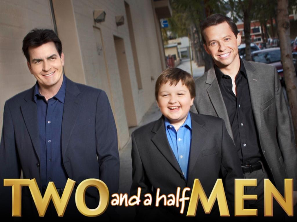 two and a half men Diese episodenliste enthält alle episoden der us-amerikanischen comedyserie two and a half men, sortiert nach der us-amerikanischen erstausstrahlungzwischen 2003 und 2015 entstanden in zwölf staffeln insgesamt 262 episoden mit einer länge von jeweils etwa 22 minuten.