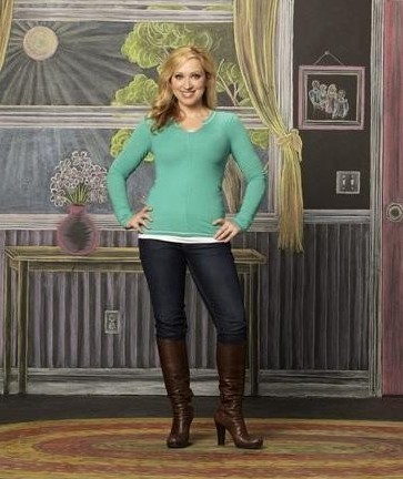 Good Luck Charlie দেওয়ালপত্র probably containing hosiery, bare legs, and a hip boot entitled Amy Duncan