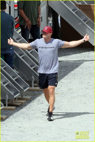 Bruno Gunn on set of Catching Fire