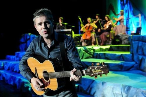 Neil Byrne wallpaper containing a guitarist and an acoustic guitar titled Celtic Thunder