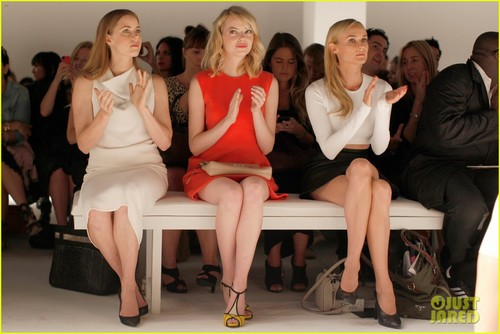 Diane Kruger and Emma Stone//Calvin Klein fashion show