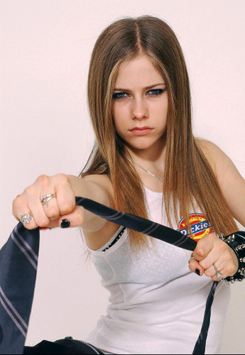 Avril Lavigne wallpaper called Dickies T-Shirt Photoshoot 2002