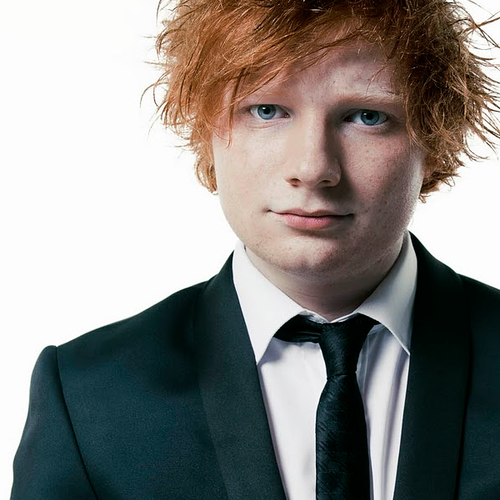 Ed Sheeran wallpaper containing a business suit entitled Ed Sheeran <3