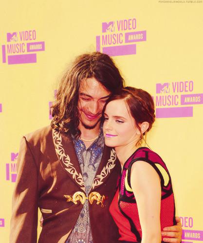 Emma Watson and Ezra Miller @ VMA 2012