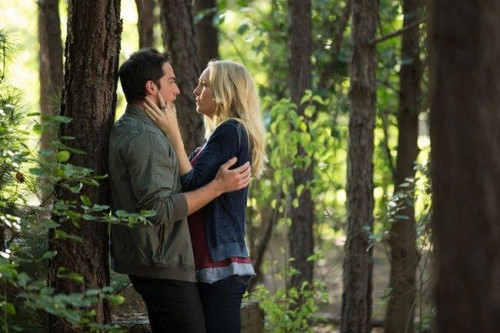 Episode 4.01 - Growing Pains - Tyler (Klaus) & Caroline