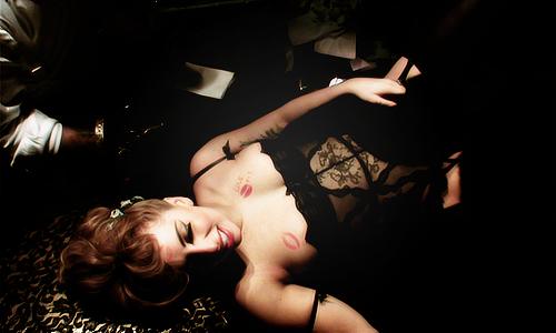 Gaga getting her tattoo at Guggenheim Museum