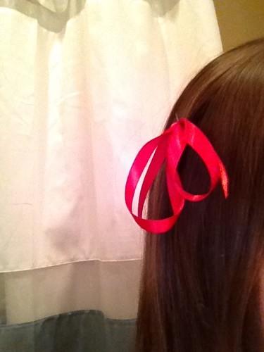 Got bored, made a Liechtenstein bow for myself!