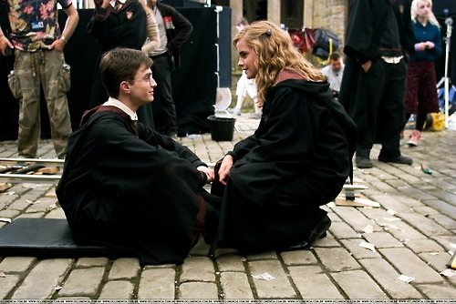 Harry and Hermione wallpaper containing a business suit called Harry & Hermione