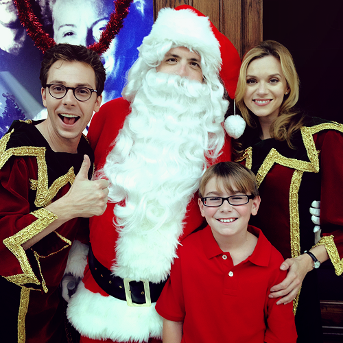 Hilarie Burton  on   the Set Of Naughty Or Nice