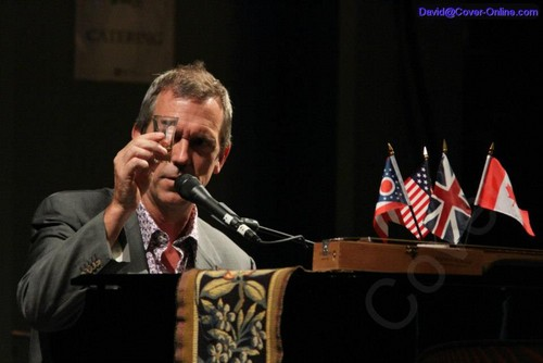 Hugh Laurie at Lifestyle Communities Pavilion in Columbus on 26 August 2012