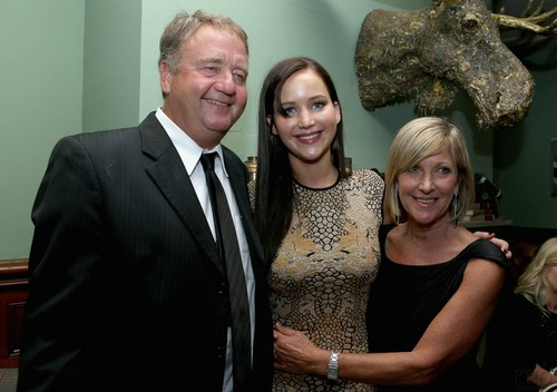 Jennifer with her parents