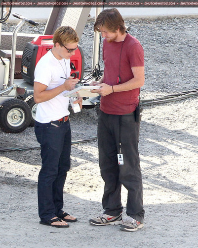 Josh Hutcherson shows up to the set of 'Hunger Games: Catching Fire'