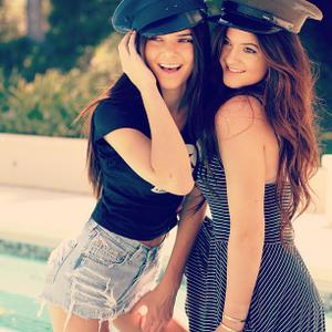 Kendall Jenner Fansite on Kj N Kj   Kylie And Kendall Jenner Photo  32189150    Fanpop Fanclubs