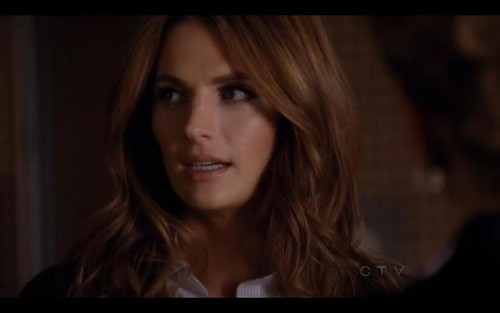 Kate Beckett karatasi la kupamba ukuta with a portrait called Katherine Beckett