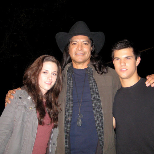 Kristen on Eclipse set w/Taylor and Gil