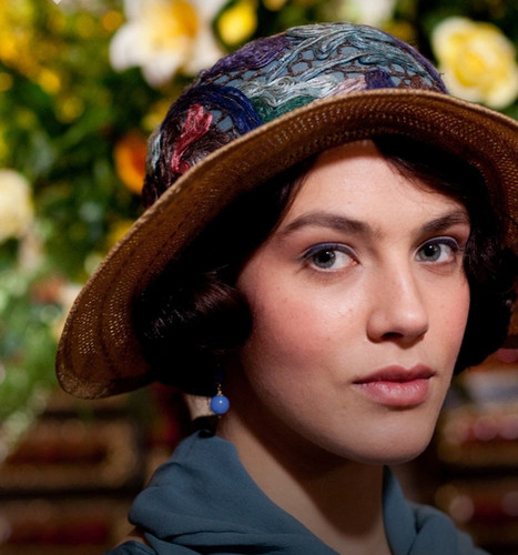 Lady Sybil Crawley wallpaper probably containing a boater and a fedora entitled Lady Sybil