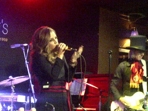 Lisa (UK concert,september 2012)