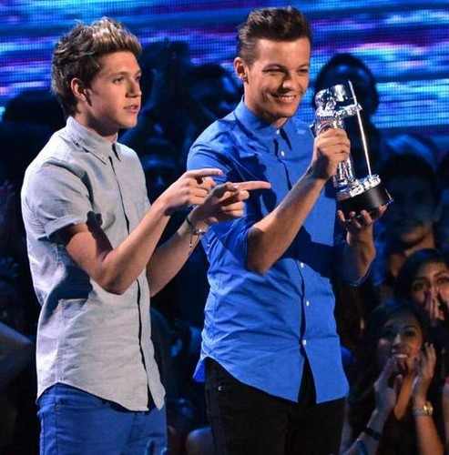 Louis at the VMAS :D