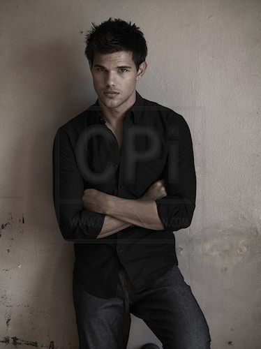 "New ""Total film"" photoshoot outtake - taylor-lautner Photo"