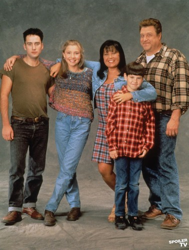 Roseanne fond d'écran probably containing a hip boot titled Roseanne