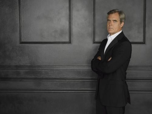 Season 2 - Cast - (NEW) Promotional चित्र - Henry Czerny
