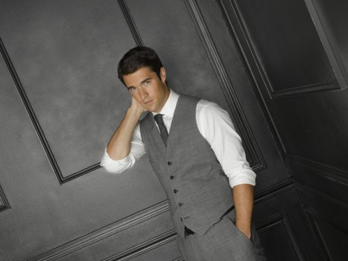 Season 2 - Cast - (NEW) Promotional Photo - Joshua Bowman - revenge Photo