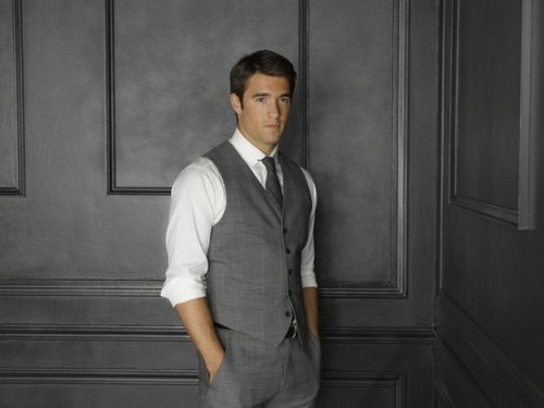 Season 2 - Cast - (NEW) Promotional Foto - Joshua Bowman